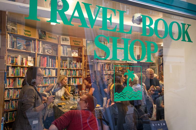Der Travel Book Shop: ein guter Gastgeber für die Vernissage