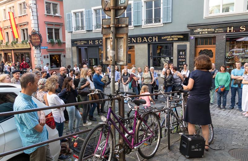Auf dem Rundgang durch die Altstadt Zürichs